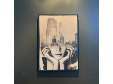 Danjouboda-tableau-visage-femme-et-ville-de-new-york
