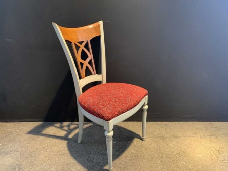 chaise-classique-rouge-bois-massif-chaise-chic-danjouboda