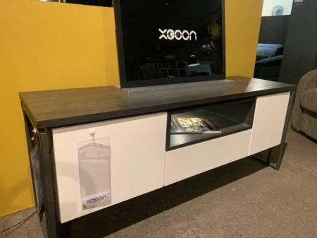 meuble-tv-tendance-noir-et-blanc-bois-métal-design-danjouboda
